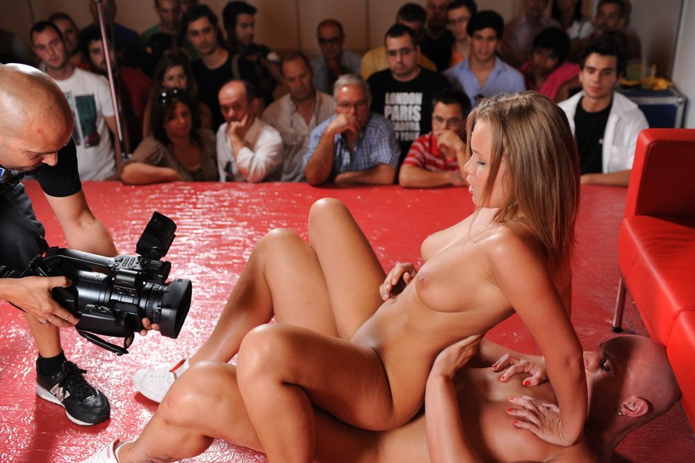 Sex Show With Collete And Leny